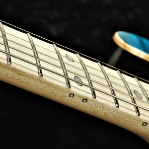Standard Style - Maple Fretboard - Position Mark : Oval  (White Mother Of Pearl with border) & Luminlay 3mm - Green with Black Pipe